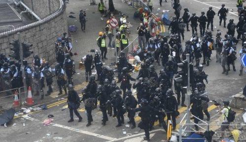 Demonstranti u Hongkongu traže od kineskih trgovaca da napuste teritoriju 10