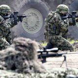 Većina građana Srbije za veće vojne izdatke 9