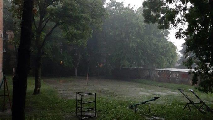 Zbog obilnih padavina u Kragujevcu više od 150 poziva građana za pomoć 4