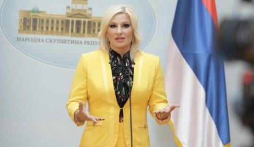 Mihajlović: Kritikuju tri pukotine, a ne vide 300 kilometra novih autoputeva 3