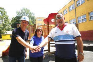 Vaterpolisti uredili dvorište osnovne škole za decu sa smetnjama u razvoju 3