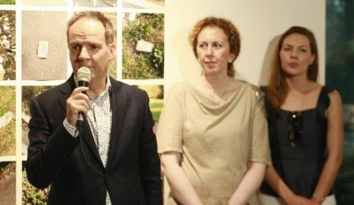 Izložba radova šestoro mladih umetnika iz Srbije otvorena u rezidenciji ambasadora Švajcarske 9
