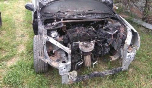 Južne vesti: Zapaljen automobil saobraćajnog inspektora iz Prokuplja 9