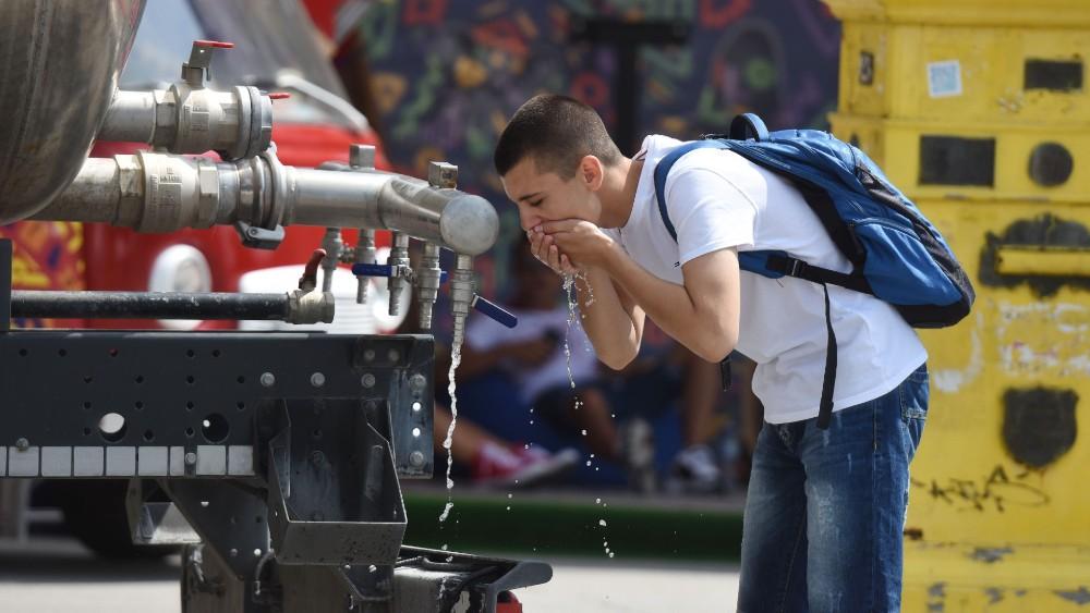 Cisterne s vodom na šest lokacija u Beogradu, visoke temperature i narednih dana 1