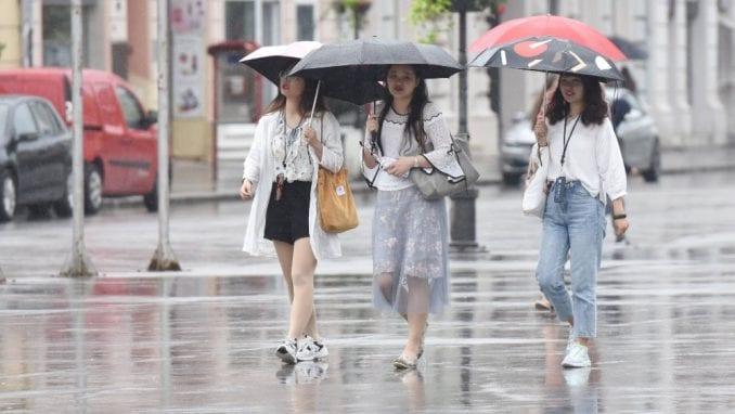 U ponedeljak oblačno s kišom 5
