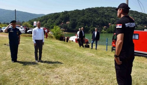 Na Bovanskom jezeru održana pokazna vežba spasilačkih timova 2