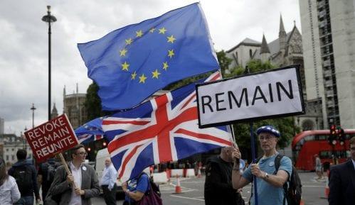 Tri miliona građana EU hoće u Veliku Britaniju 3