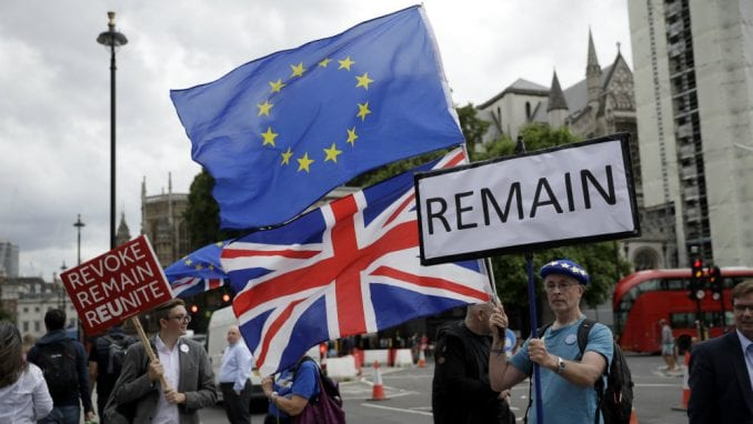 Dom lordova britanskog parlamenta doveo u pitanje Bregzit 4