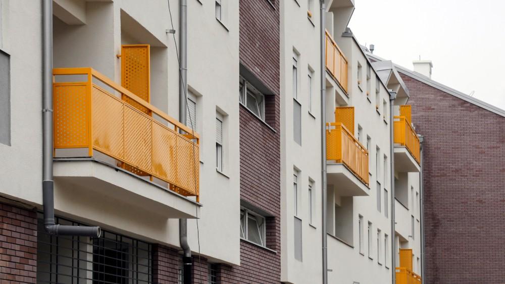 U novim stanovima u Kamendinu 270 izbegličkih porodica iz BiH i Hrvatske 3