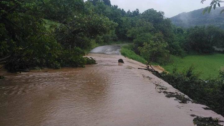 Marić: Voda se povlači, sad aktivnosti za povratak kućama (FOTO) 4