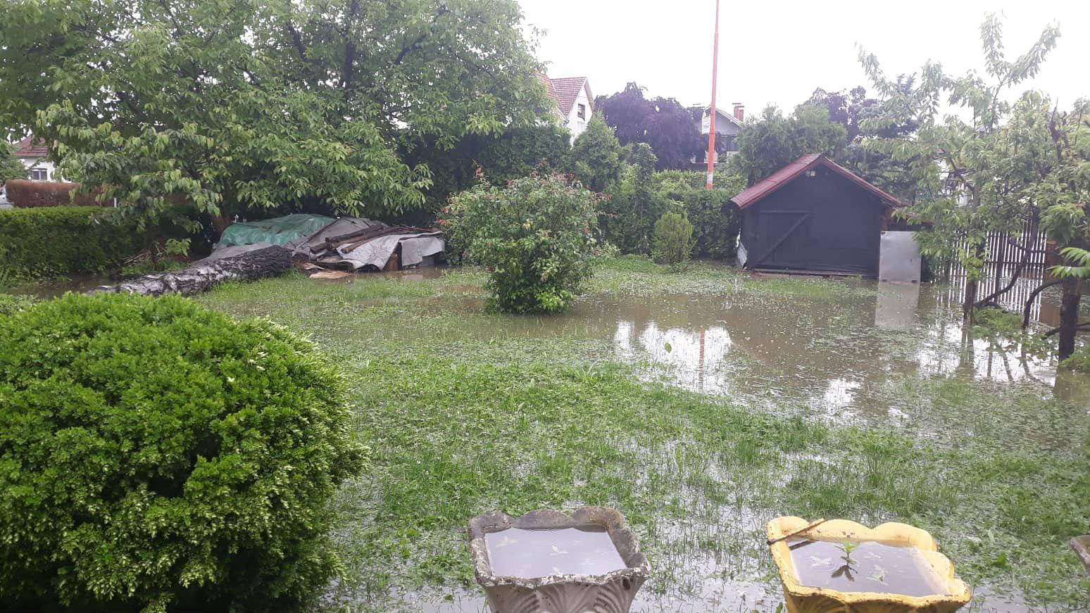 Marić: Voda se povlači, sad aktivnosti za povratak kućama (FOTO) 6