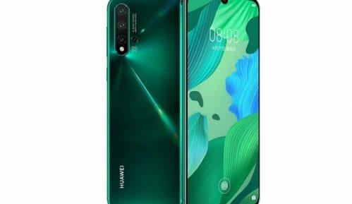 Huawei se ne predaje - predstavio tri nova telefona 15