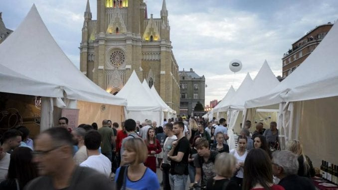 Najbolja vina na novosadskom Trgu slobode 1