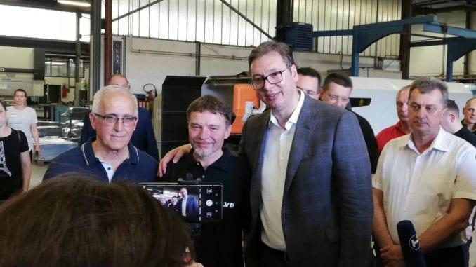"""Aleksandar Vučić obišao pogone """"Radijator inžinjeringa"""" oštećene u poplavama 1"""