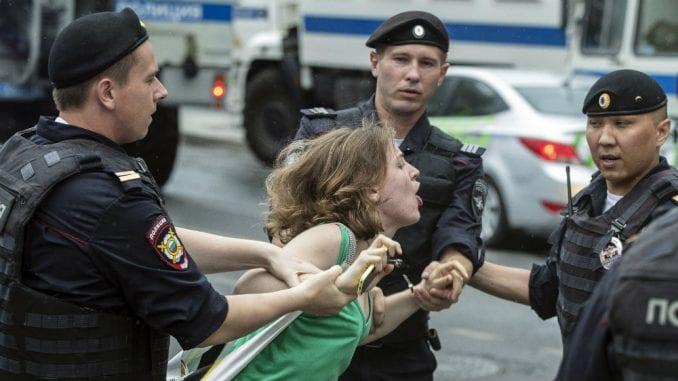 Ruski NVO: Više od 400 uhapšeno na protestima u Moskvi 2
