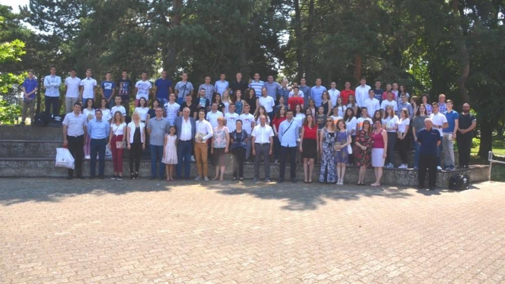 Nagrade za najuspešnije đake i nastavnike u Velikom Gradištu 2