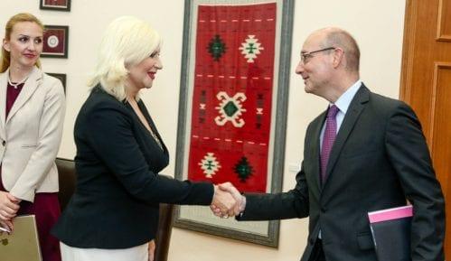 Mihajlović sa francuskim ambasadorom o predstojećoj poseti Makrona Srbiji 14