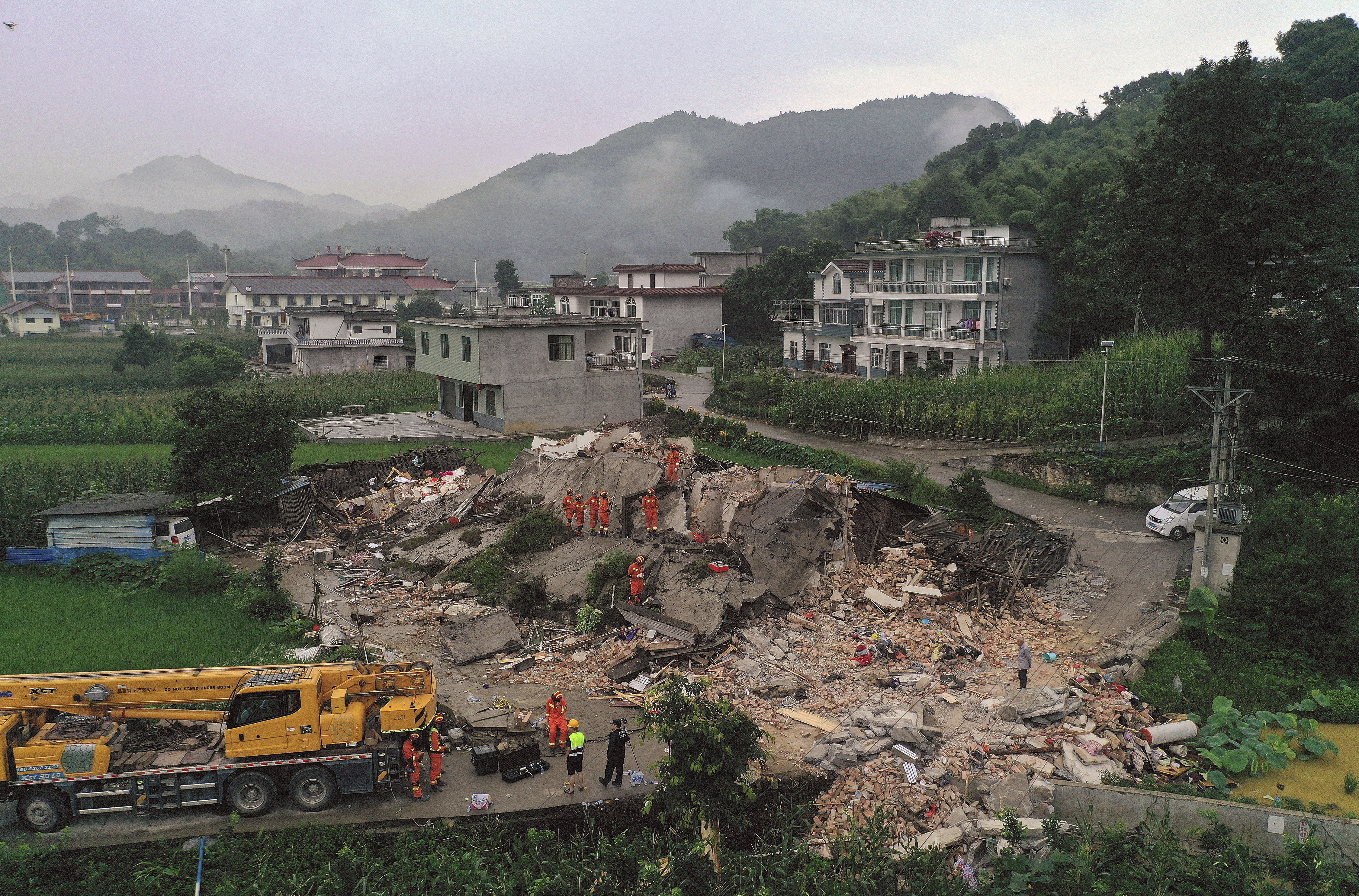 U zemljotresu u Kini najmanje 12 poginulih i 134 povređenih 2