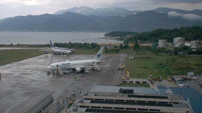 Avioni dovode turiste iz Azerbejdžana 1