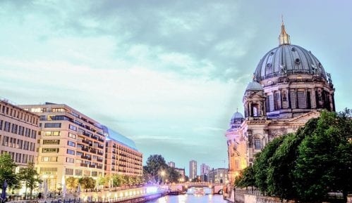"""Berlin """"zamrzava"""" stanarine na pet godina 8"""