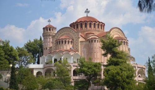 Grčki sveštenici će blagosloviti šumu da bi je spasli od insekata 12