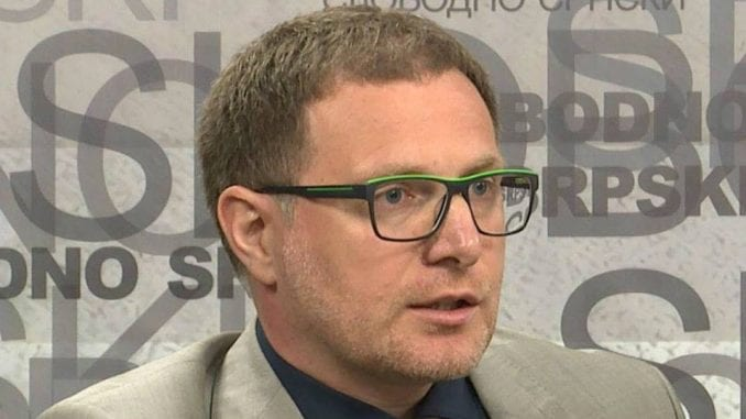 Političari iz Beograda i Prištine treba da promene način komunikacije 2