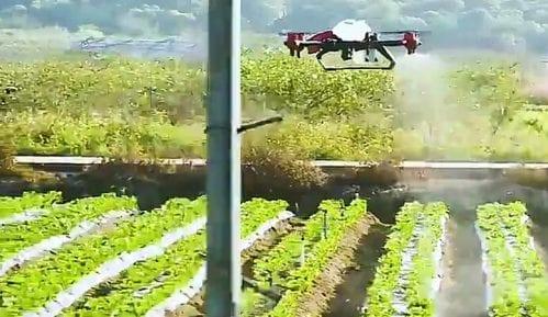 Kineski farmeri koriste dronove u poljoprivredi 7