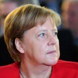 Merkel: Želimo da do 2030. imamo milion stanica za punjenje električnih automobila 13