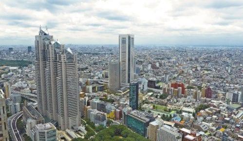 Tokio zakupljuje smeštaj za obolele od virusa da bi rasteretio zdravstveni sistem 8