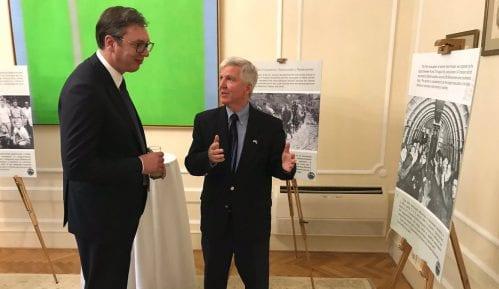 """U Ambasadi Amerike odata počast Srbima i Amerikancima iz """"Hilijard misije"""" 1"""