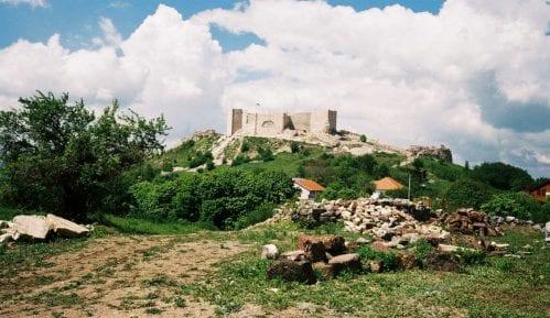 Koha: Krivična prijava protiv beogradske firme zbog štete na tvrđavi Novo Brdo 10