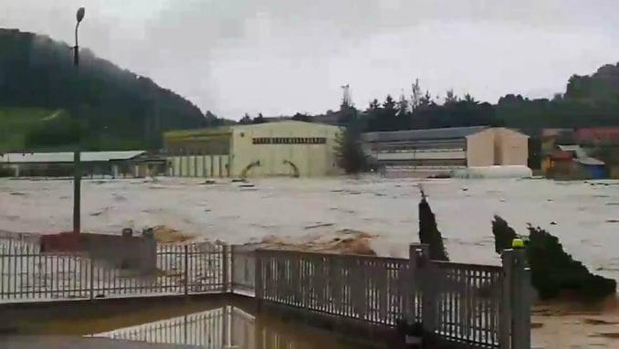 Vanredna situacija zbog poplava i u Lučanima, Arilju i Ivanjici 1