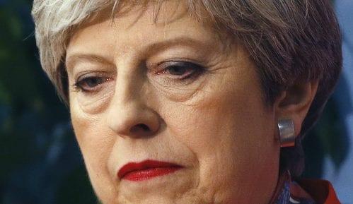 Britanska premijerka zvanično otišla sa mesta vođe Konzervativaca 12