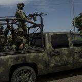 Meksiko uputio 15.000 policajaca i vojnika na granicu sa SAD zbog migranata 10