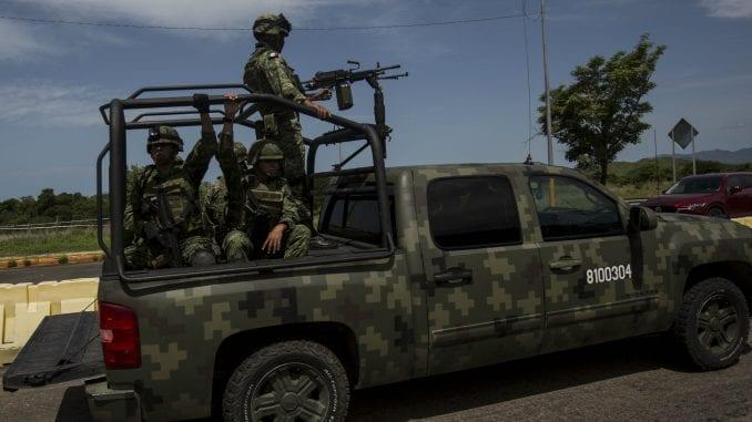 Meksiko uputio 15.000 policajaca i vojnika na granicu sa SAD zbog migranata 3