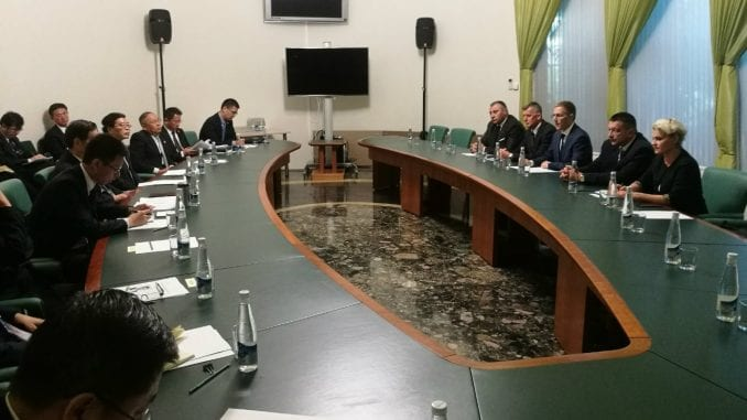 Stefanović sa kineskim zvaničnikom: Kina ostaje čvrsto pri svom stavu o nepriznavanju Kosova 2