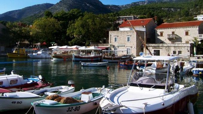 """Hrvatska: Izgradnja fontane u obliku slova """"U"""" 1"""