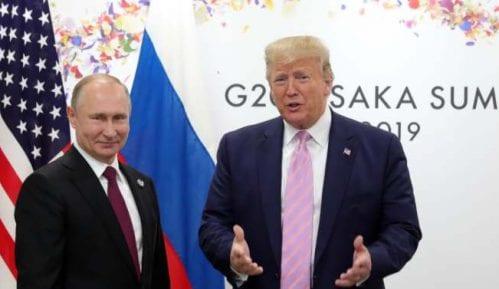 Tramp hvali odnose s Putinom 8