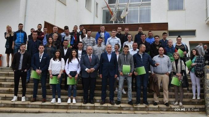Crna Gora: Bespovratna pomoć poljoprivrednicima od 10.000 evra 2
