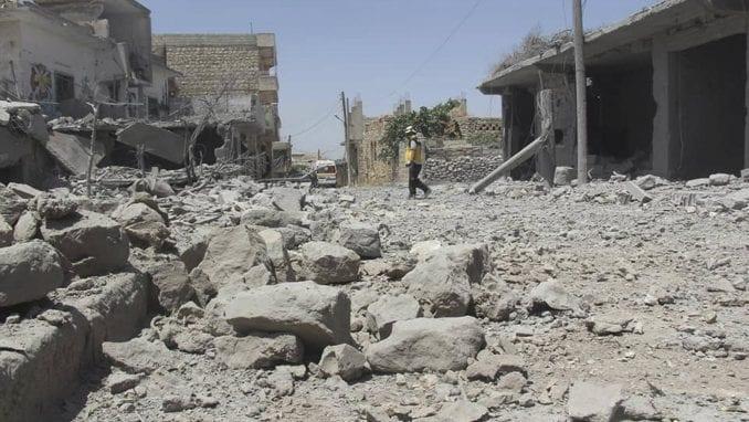 U Siriji 25 mrtvih u vazdušnom napadu vladinih snaga u Idlibu 1