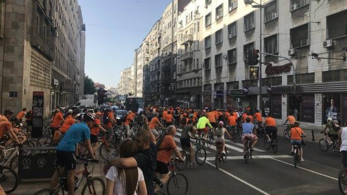 Narandžasta biciklistička vožnja u Beogradu 3