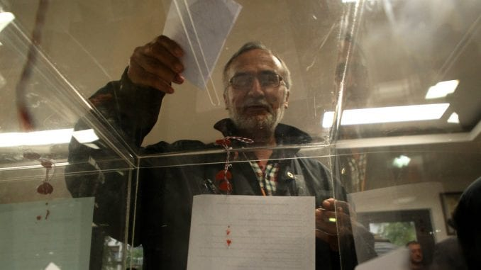 Figaro: U Srbiji atmosfera sve teža pred izbore 2