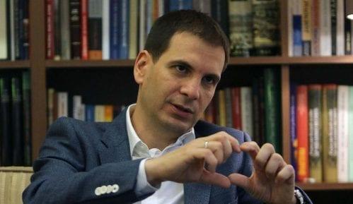 """Jovanović (DSS): Država """"na svaki način"""" mora da radi na povlačenju priznavanja Kosova 12"""