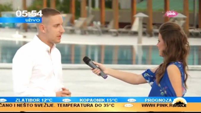 """Cenzura na RTS i Pink: Iz slušalica se čulo """"Hitno obustavi uključenje"""" 1"""