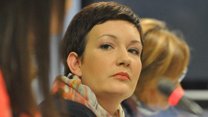 NUNS traži zaštitu vlasti za novinarku Vremena Jovanu Gligorijević 3