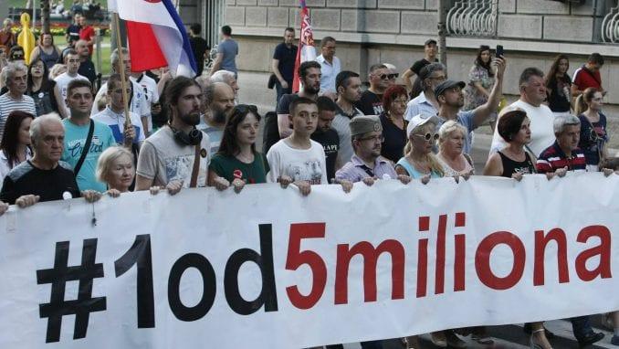 """Aktivista """"1 od 5 miliona"""": Izveštaj MUP laž, uhapšen sam zbog duvanja u pištaljku 3"""