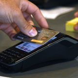 Američki potrošači manje koriste kreditne kartice 11