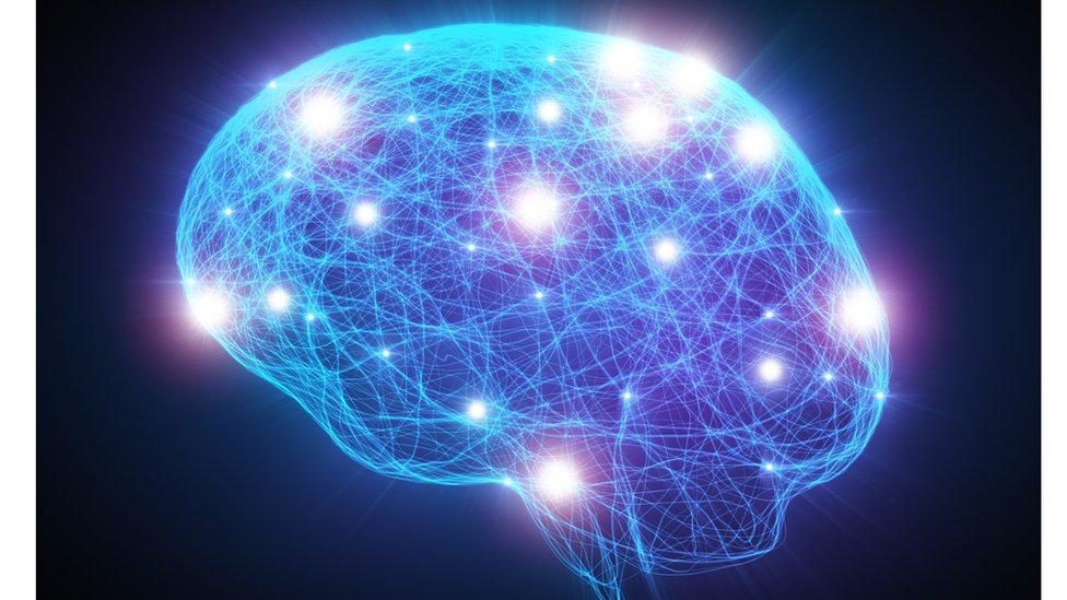 Nedostatak estrogena pre i posle menopauze utiče na mozak i telo na razne načine