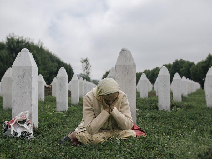 Srebrenica: Sahranjeni posmrtni ostaci 33 žrtve 2