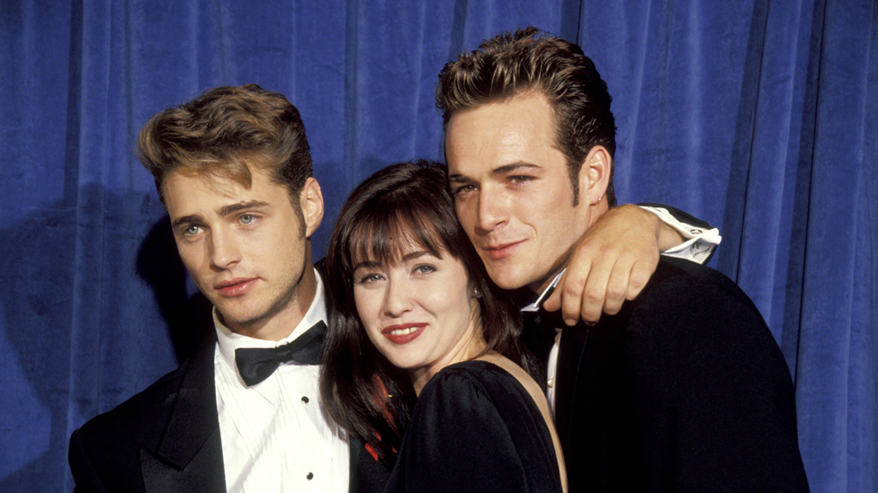 Jason Priestley, Shannen Doherty and Luke Perry at the Emmy Awards in 1991
